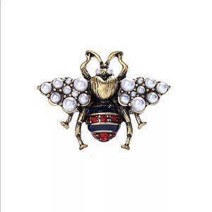 Betsey Johnson Queen Bee Ring